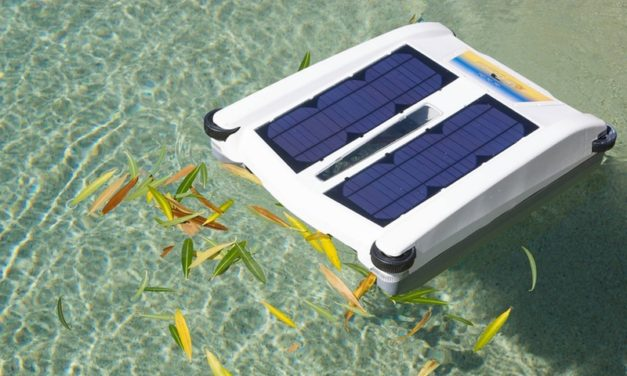 Solar Breeze: Clean Your Pool of Debris Using The Power of The Sun