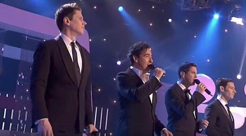4 men from il divo stuns crowd with stunning rendition of - Il divo man you love ...