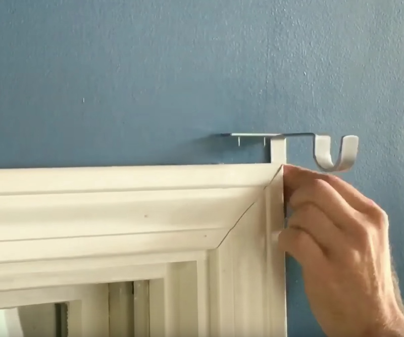 How To Install Trim >> Kwik-Hang Curtain Rod Bracket: Just Tap in Your New Curtains!