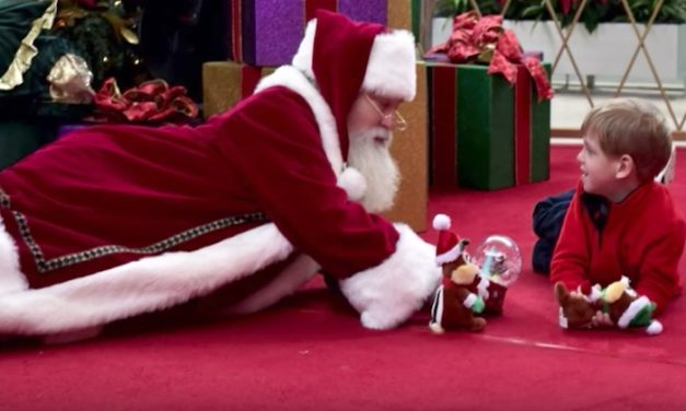 Mom Thinks Autistic Son Will Never Get Picture with Santa, Then He Meets This Mall Santa