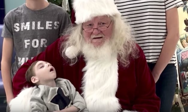 2 Year-Old Boy in Hospice Care Unable to Visit Santa, So Santa Comes to Him for Last Christmas