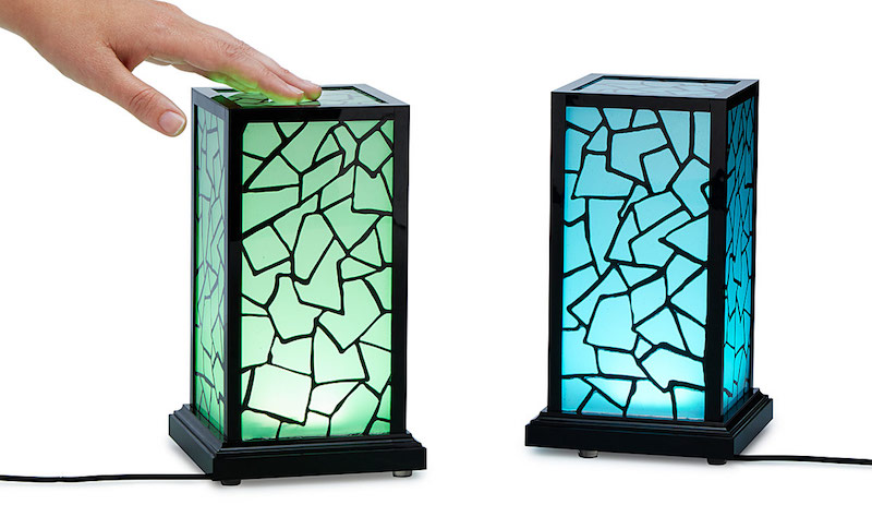 These Friendship Lamps Sync And Light Up, No Matter Where The Other Lamp Is!