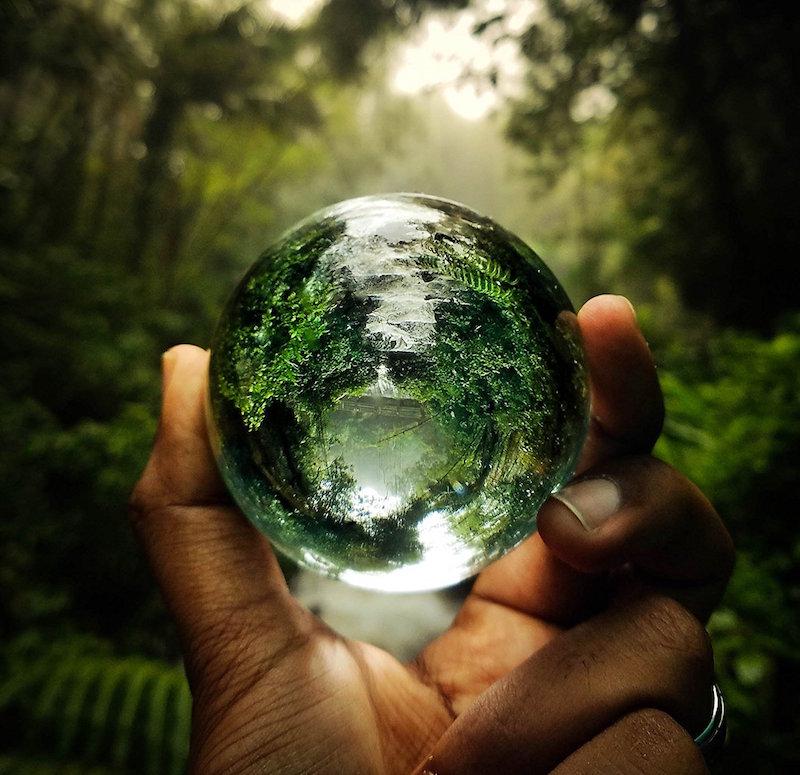 Lensball Take Incredible Photos With An Innovative Spherical Lens