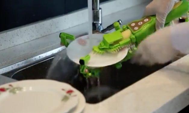 Automatic Dishwashing Machine: Never Wash Dishes with a Sponge Again