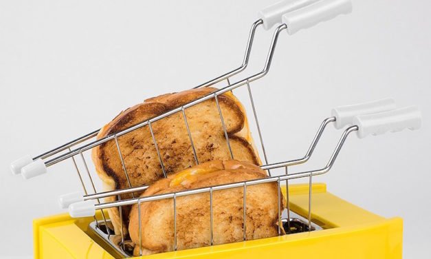 Nostalgia Grilled Cheese Toaster: Make Grilled Cheese Sandwiches in Minutes