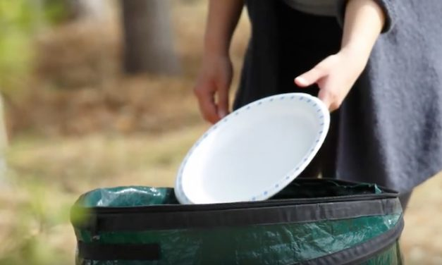 Coghlan's Pop-Up Trash Can: Have a Trash Can Anywhere You Go