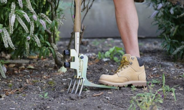 Kikka Digga: The Easy Way to Dig in Your Yard