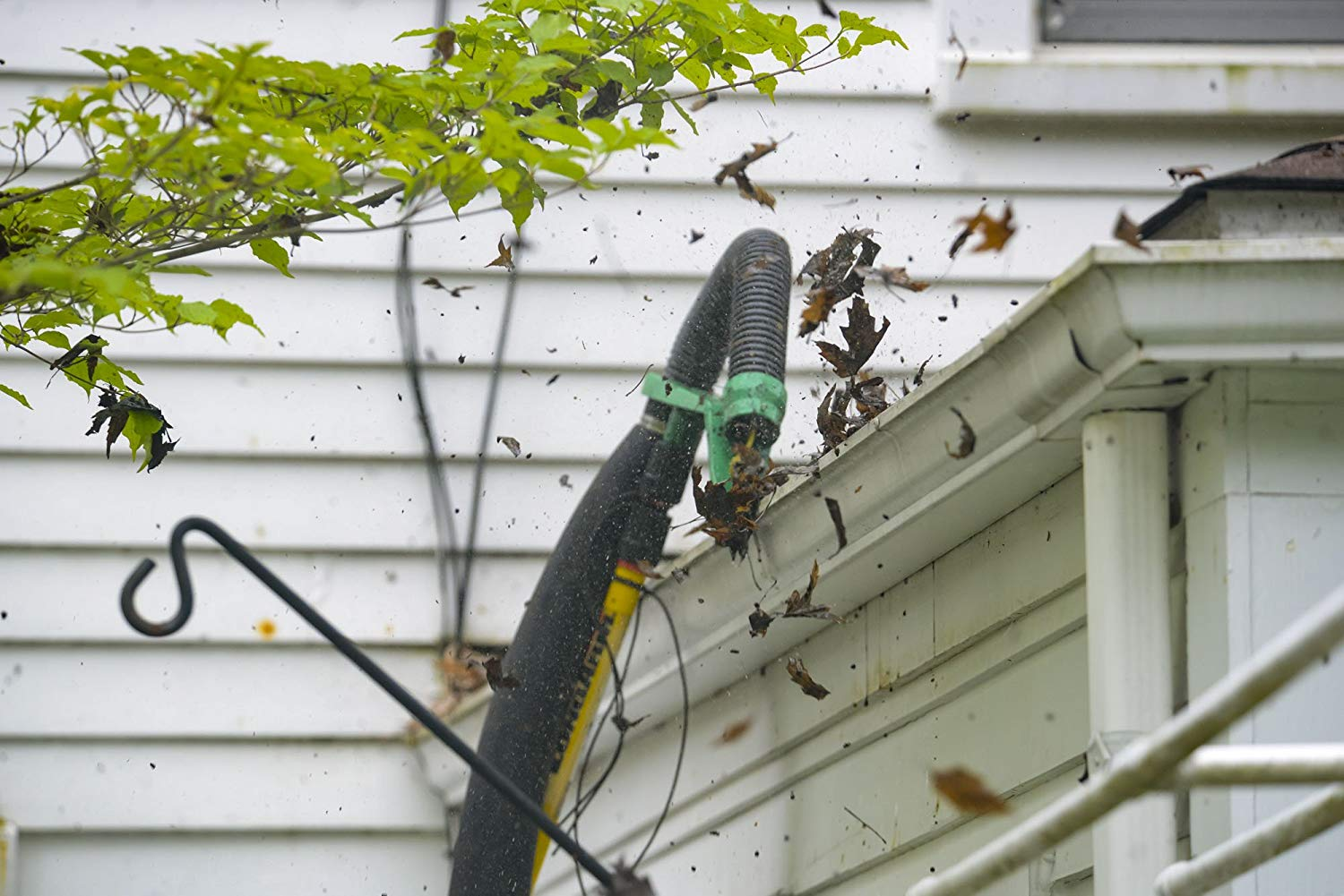 Gutter Viper Clean Two Storey Gutters Without A Ladder