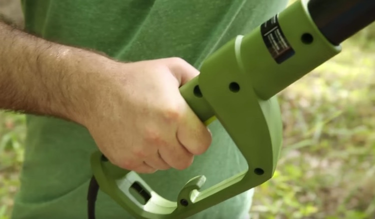 Sun Joe Automatic Chain Saw 3