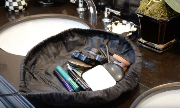 Lay-N-Go: The Convenient Way to Store and Use Your Makeup