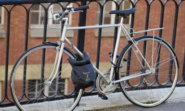 LOXI: The Anti-Theft and Waterproof Bag for Your Bike
